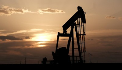 Транзит нефти через Украину из-за снижения спроса упал на 40%