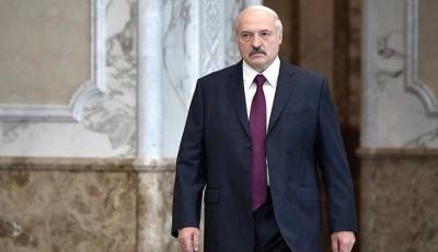 Лукашенко пригласил Зеленского и Путина на парад Победы в Минск