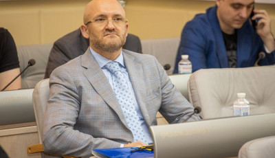 Цінувати, розбудовувати та примножувати – відбулася чергова сесія Дніпропетровської обласної ради