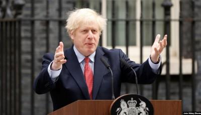 Велика Британія: Джонсон відмовився звільняти свого помічника за порушення карантину