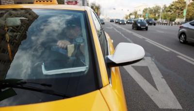 Камеры на полосах общественного транспорта будут штрафовать такси, отсутствующие в базе