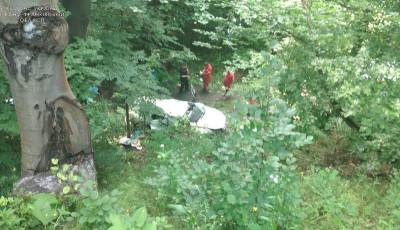 В Яремчі автомобіль зірвався з обриву, загинули чотири людини
