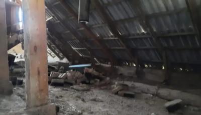 Под Одессой из-за удара молнии загорелся жилой дом