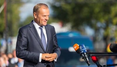 Туск закликав поляків не йти на травневі президентські вибори
