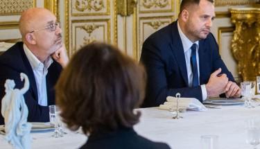 Зустріч у Берліні: мовчанка – знак незгоди