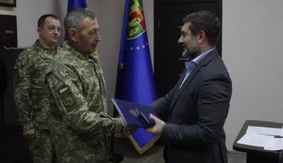 В районе проведения ООС на Луганщине военнослужащие ВСУ награждены отличиями Верховной Рады