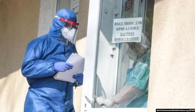 У Кривому Розі з 15 «самовільно виписаних» головлікарем пацієнтів з COVID-19 двоє померли – ОДА