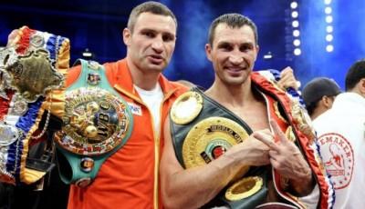 Братья Кличко получили предложение выступить в супертурнире по боксу