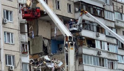 Полиция назвала главную версию взрыва дома на Позняках