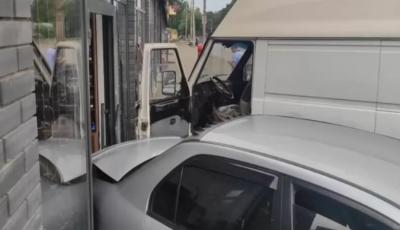 В Днипре произошло ДТП из-за приступа эпилепсии у водителя автобуса за рулем