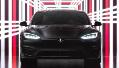 Илон Маск представил электромобиль Model S Plaid