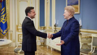 Зеленский обсудил с экс-Президентом Литвы членство в ЕС и НАТО