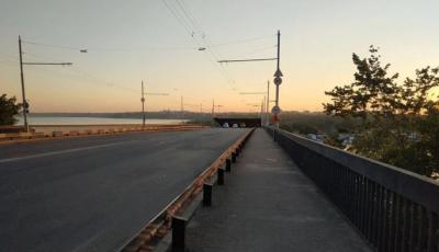В Николаеве сам собой поднялся мост: движение через Ингул заблокировано