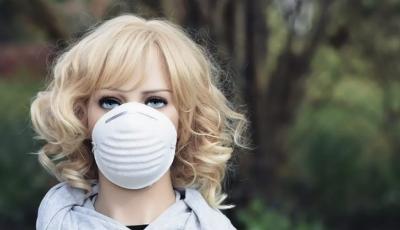 В Израиле создали антикоронавирусную маску, в которой можно есть и пить