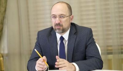 Шмыгаль: В Украине ожидается еще два пика заболеваемости коронавирусом