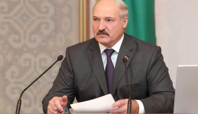 Лукашенко вирішив не скасовувати парад на 9 травня в Білорусі попри коронавірус