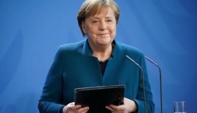 Меркель: пандемия COVID-19 закончится тогда, когда появится вакцина