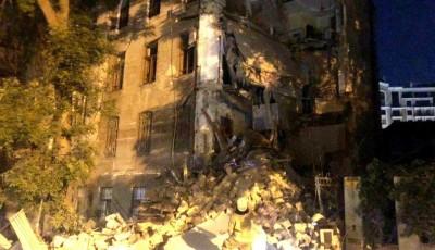 В Одессе рухнул жилой дом, десятки людей спасали из-под завалов: первые подробности