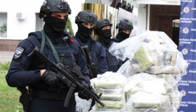 Перевозили кокаин в бананах: в Одесской области блокировали контрабанду наркотиков