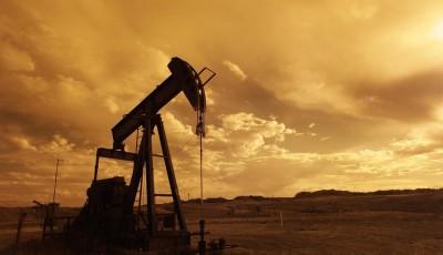 Фактическая цена реализации нефти в Украине в марте уменьшилась на 38,7%