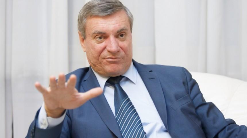 Наши друзья и партнеры неохотно продают Украине боеприпасы, у них другие интересы - Олег Уруский