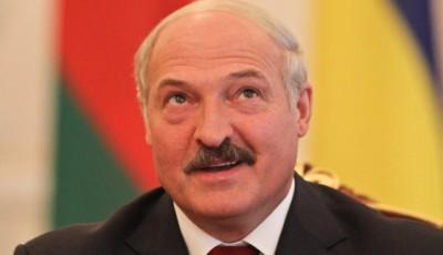 Лукашенко заявил, что Россия вмешивается во внутренние дела Беларуси