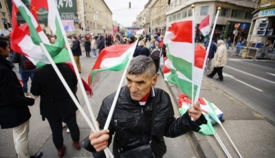 Будапешт вимагає від України офіційного статусу для угорської мови