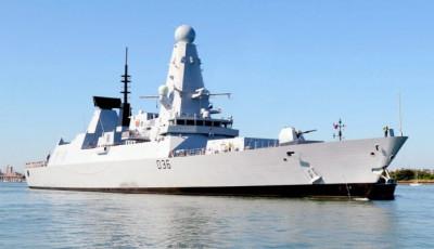 """Опубліковано відео """"обстрілу"""" Росією британського есмінця в Чорному морі"""